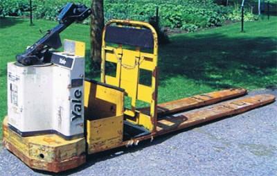 Transpalettes, transporteur, manutention, classement, entreposage, Transpalette motorisé